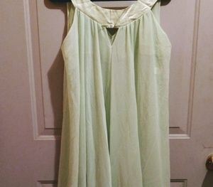 50s vintage flirty pale green nightgown.